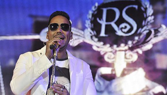Romeo Santos obtuvo 5 nominaciones en los premios Billboard 2015. (EFE)