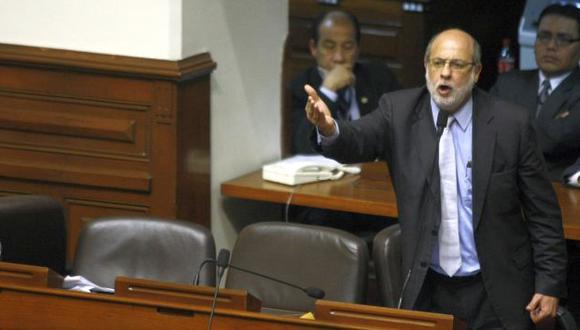 Daniel Abugattás espera que la familia de Fujimori formalice pedido. (David Vexelman)