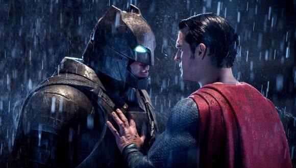 'Batman v Superman' cayó 68% en la taquilla en su segunda semana de estreno. (AP)