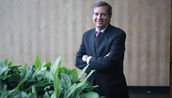 El economista Felipe Morris destaca que el Congreso de la República deberá estar vigilante para evitar la imposición de varias de las medidas planteadas por Pedro Castillo. (Perú21)