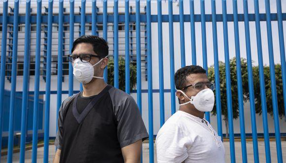 Los suplentes están listos para entrar a la cancha. (Foto: José Rojas / GEC)