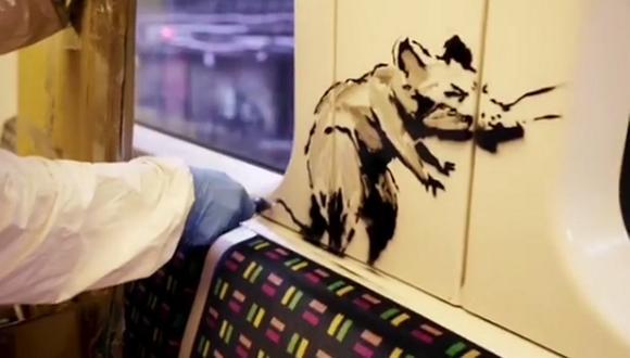 """Banksy busca crear conciencia en el metro de Londres con el eslogan """"If you don't mask, you don't get"""" (Si no te pones la mascarilla, no subes). (Foto: Captura Instagram Banksy)"""