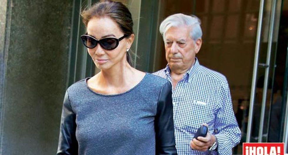Mario Vargas Llosa e Isabel Preysler saliendo del hotel donde están hoespedado en Nueva York. (Revista ¡Hola!)