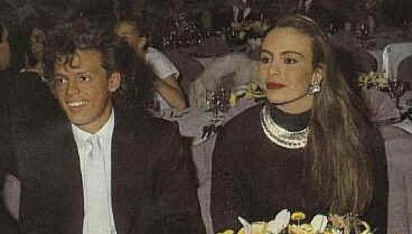A principios de los años noventa se vio a Luis Miguel y Sasha Sokol en la entrega de los premios de la revista Eres y ahí empezaron los rumores sobre un posible romance. (Foto: Luis Miguel y Sasha Sokol/ Getty Images)