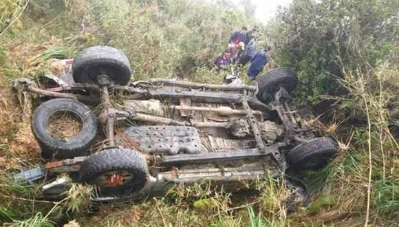 Mujer muere y otras 12 personas resultan heridas al caer camioneta a abismo de 300 metros en Puno (Foto: cortesía)