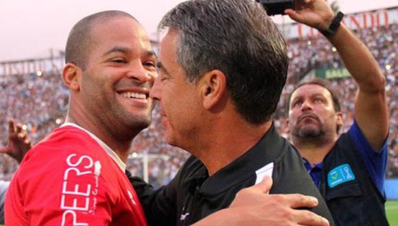 Rodríguez se reunió con Bengoechea antes de firmar por Alianza. (Foto: Internet)