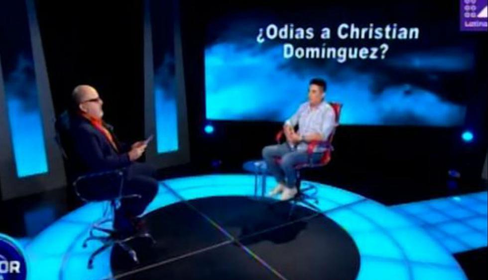 El cantante de cumbia Leonard León se sentó en el sillón rojo del programa 'El valor de la verdad' y fue sometido a una serie de preguntas (Foto: captura Latina)