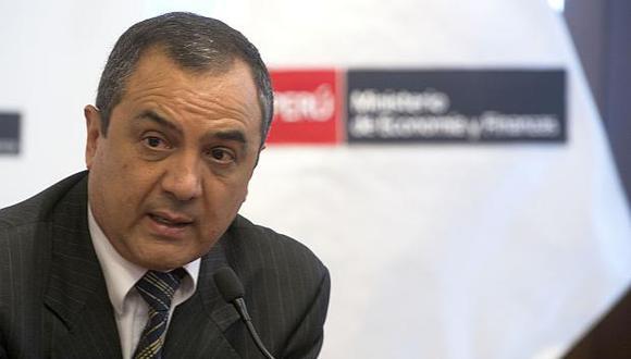 Carlos Oliva, ministro de Economía y Finanzas. (Foto: AFP)
