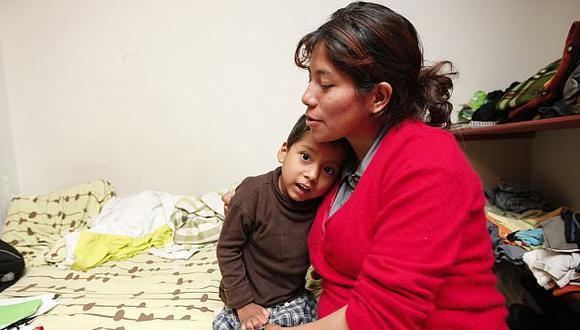 Madre de Jack pide al Ministerio de Salud que le ayude en su caso cuanto antes. (Luis Gonzales)