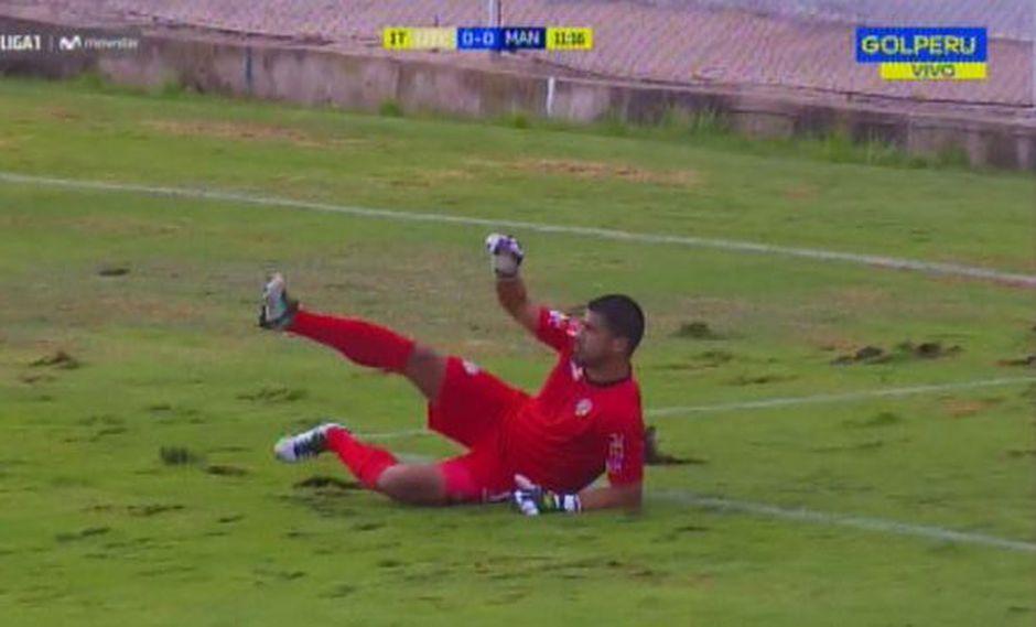 La caída de Erick Delgado en duelo anteCarlos A. Mannucci por la Liga 1. (Captura: Gol Perú)