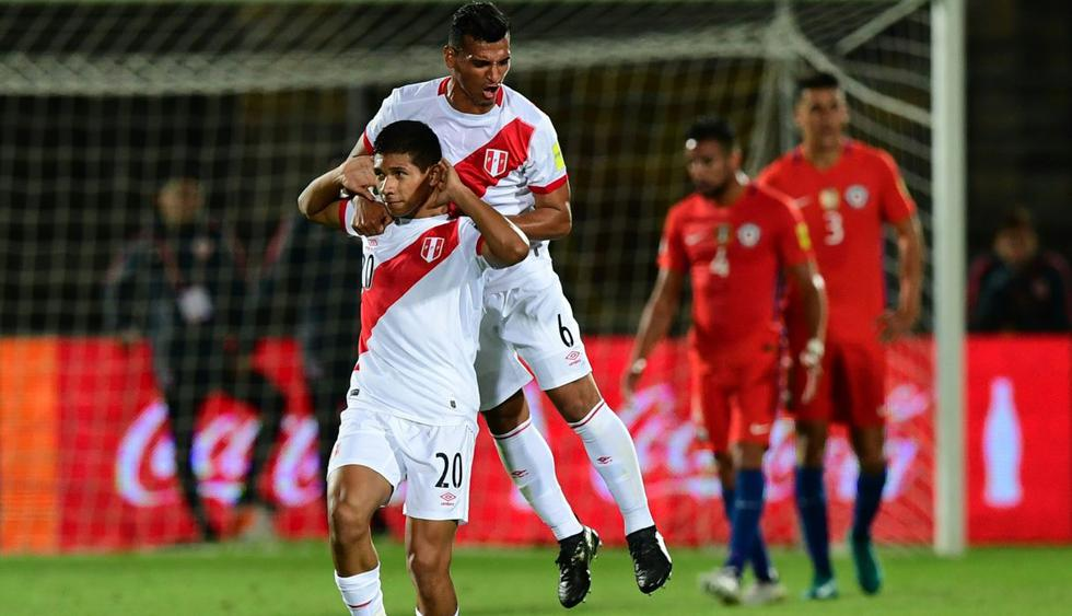 FOTO 4 | Te Apuesto se muestra ligeramente más generoso con la selección peruana, pues su triunfo paga 4.25, mientras que la victoria chilena duplica esta apuesta (2.0). El empate triplicaría el monto apostado. (Foto: AFP)