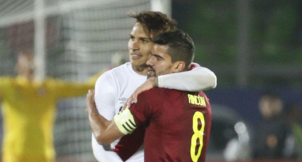 Tomás Rincón le mostró su apoyo al goleador de la selección peruana. (Getty Images)