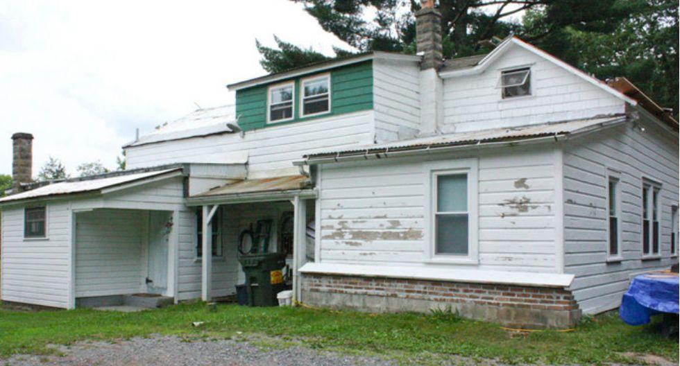 La artista Kat O'Sullivan compró esta antigua casa del siglo XIX. (Fuente: Facebook oficial de Kat O'Sullivan)
