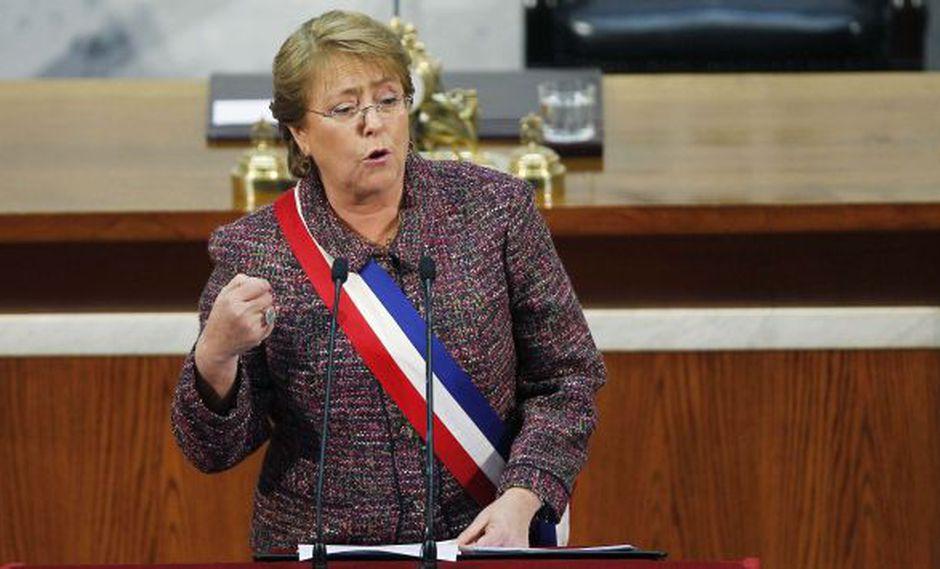 Michelle Bachelet planteó ante el Congreso de Chile la despenalización del aborto. (AFP)