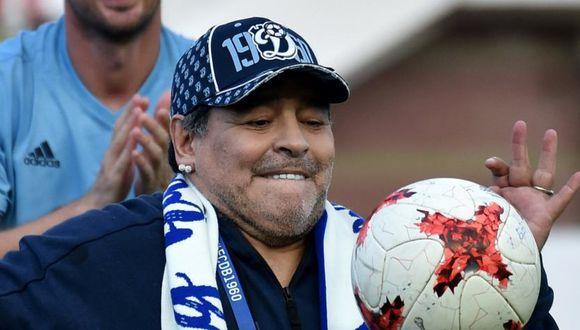 Diego Maradona reemplazaría Francisco Ramírez en el cargo de técnico (Foto: AFP).