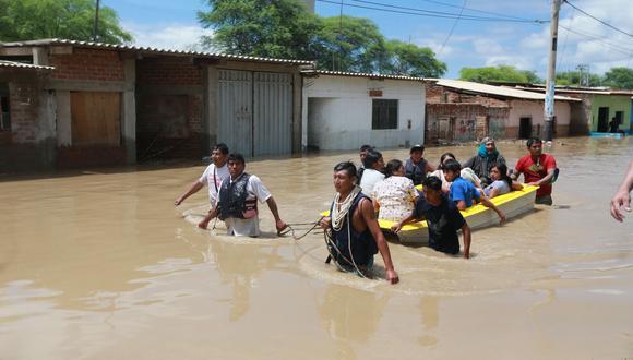 El río Piura se desbordó el 27 de marzo de 2017 por las fuertes lluvias como consecuencia del Fenómeno El Niño costero. (FOTO: GEC)
