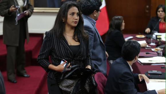 Solórzano aún no puede armar su lista ante falta de apoyo de aliados oficialistas. (Martín Pauca)