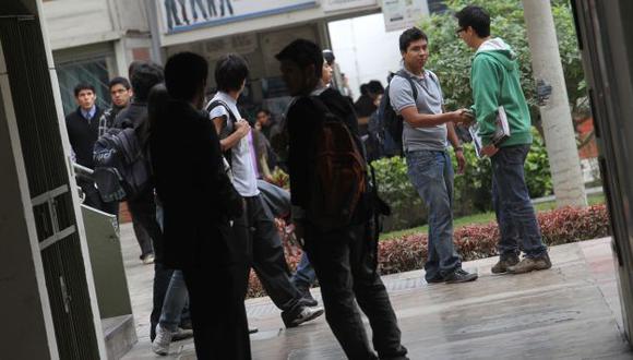 ¿Carreras cortas? Critican la carencia educativa del país. (USI)