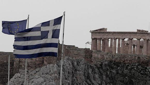 Grecia no precisó si recortará los 300 millones de euros previstos al fondo de pensiones. (AP)