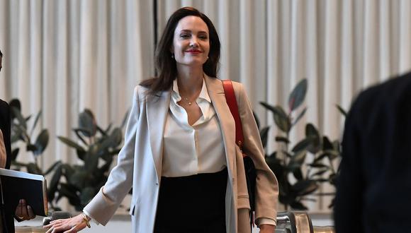 Angelina Jolie es captada visitando el departamento de expareja Lee Miller en Nueva York. (Foto: Timothy A. Clary / AFP).