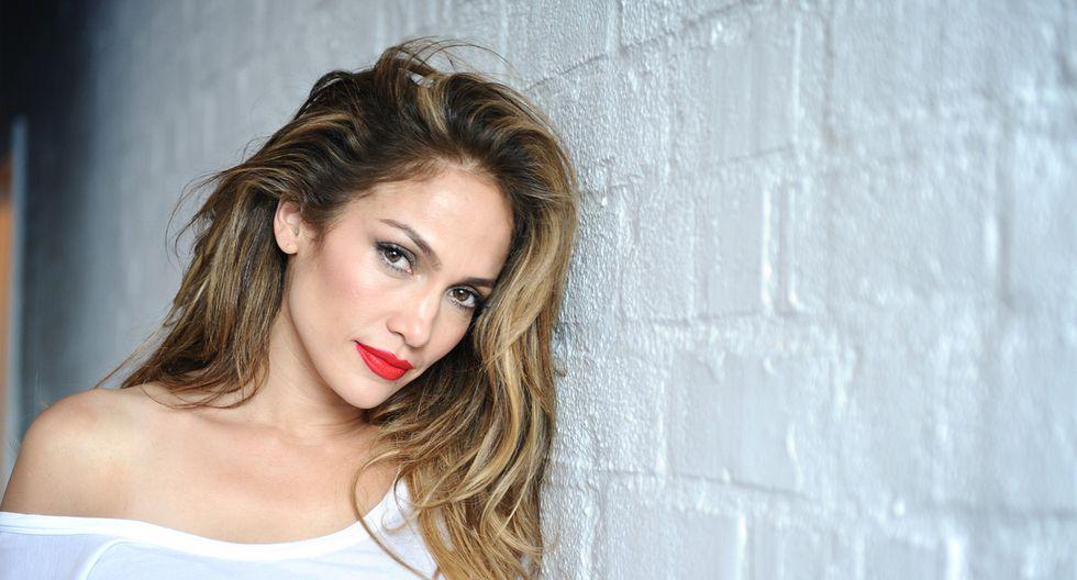 La 'Diva del Bronx' asistió al programa 'Un nuevo día' y sorprendió al conductor Francisco Cáceres.