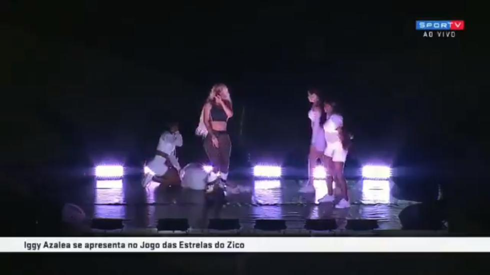 Bailarina de Iggy Azalea sufre un ataque durante performance y ella respondió así (Foto: Captura de pantalla)