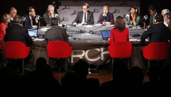 Candidatos presidenciales se enfrentan en debate radial. (EFE)