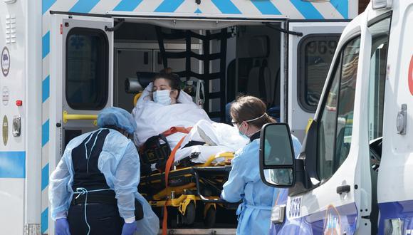 Coronavirus | Rebecca Wrixon: tenía el brazo dormido, no podía hablar y pensó que era un derrame cerebral. (Foto referencial: Bryan R. Smith/ AFP)
