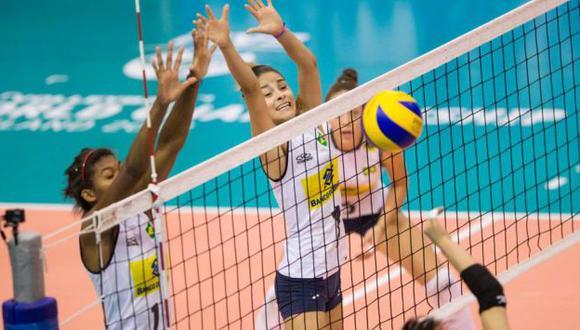 Brasil buscará el tercer lugar frente a Perú. (FIVB)