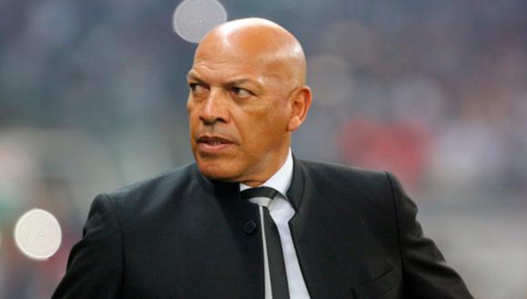 Roberto Mosquera cumple su segunda etapa como entrenador de Sporting Cristal. (Foto: AFP)