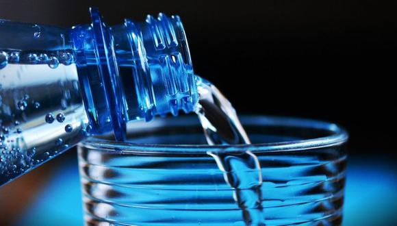Toma agua antes de que sientas sed: El sentir sed es un indicador de que el cuerpo ya está deshidratado. (Foto: Pixabay)