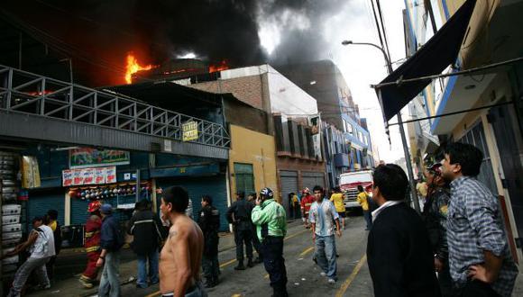 Bomberos pudieron controlar el incendio. (Perú21/Referencial)