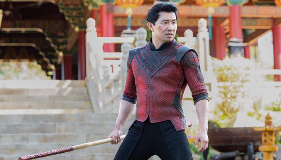 El actor chino-canadiense Simu Liu, caracterizado como el nuevo héroe de Marvel, Shang-Chi. Foto: Marvel Studios.