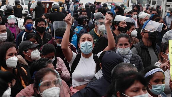 La cifra de contagios de COVID-19 aumentó este domingo. (Foto: Ángela Ponce @photo.gec)