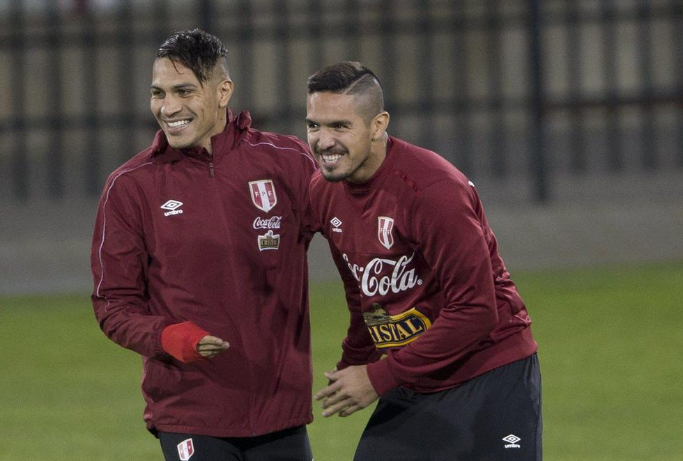 Paolo Guerrero fue inhabilitado para ejercer funciones como futbolista profesional hasta enero próximo. (REUTERS)