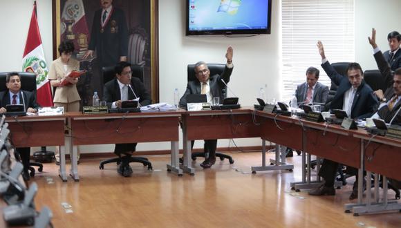 Aprobación de informe en Fiscalización es un paso más en este caso, que se decidirá en el Pleno o en la Permanente. (C. Fajardo)