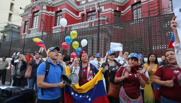 Un promedio de 4.500 ciudadanos venezolanos trabajan formalmente en nuestro país. (USI)