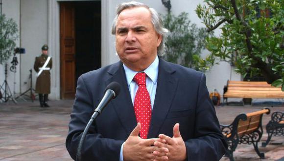 Andrés Chadwick, ministro del Interior, negó que Chile haya desplazado tropas a la frontera con Perú. (Internet)