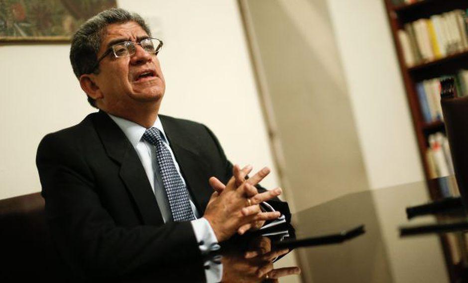 """José Luis Sardón: """"Los trapos sucios se lavan en casa"""". (Geraldo Caso/Perú21)"""