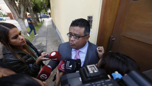 El abogado de Alan García, Erasmo Reyna, confirmó que el ex mandatario tomó la decisión de dispararse en la cabeza. (Foto: Mario Zapata / GEC)