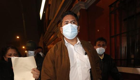 El exgobernador regional de Junín Vladimir Cerrón tiene impedimento para ejercer un cargo público por la sentencia en su contra. (Foto: El Comercio)