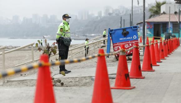 Las playas son vigiladas en la actualidad por agentes de la Policía Nacional. (GEC)