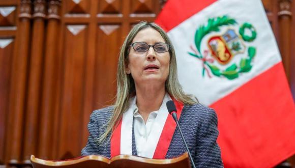 """María del Carmen Alva señaló que sin un Congreso la ciudadanía estaría sometida a un """"dictador""""."""