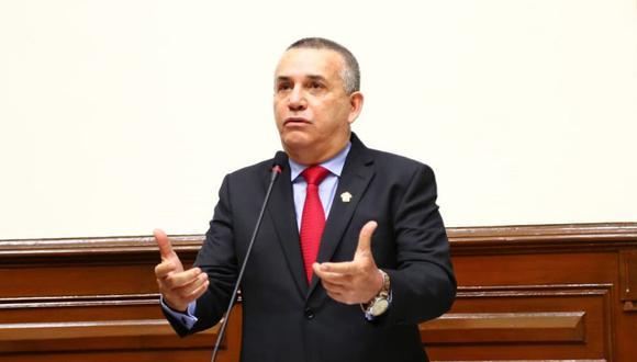Congreso de la República: Legislador pide darle una 'lapo' a Daniel Urresti por demorar su voto(Foto: Congreso)