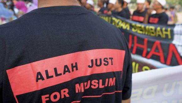 """La justicia malasia prohíbe el uso de la palabra """"Alá"""" a los no musulmanes (EFE)."""