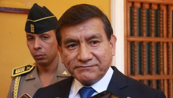 El ministro del Interior, Carlos Morán, asegura que se evalúa el trabajo policial en la región La Libertad. (Foto: Alan Benites)
