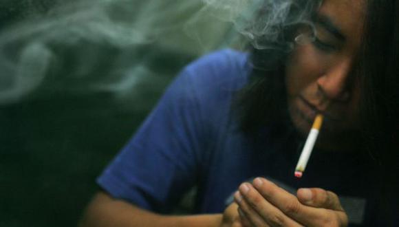 Día Mundial sin Tabaco: Cada año, 800 mil peruanos inician a fumar cigarrillos. (Perú21)