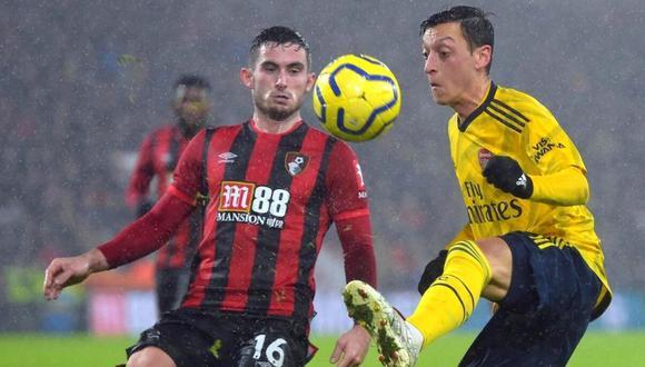 Mesut Özil con posibilidades de jugar en Turquía (Foto: EFE)