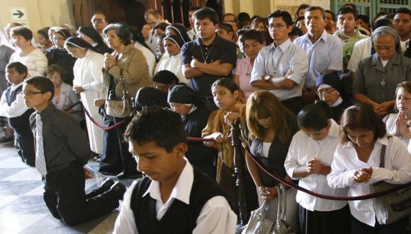 Presencia juvenil en templos. (Luis Gonzáles)