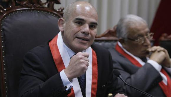 Álvarez 'cuadra' a San Martín. (Rafael Cornejo)